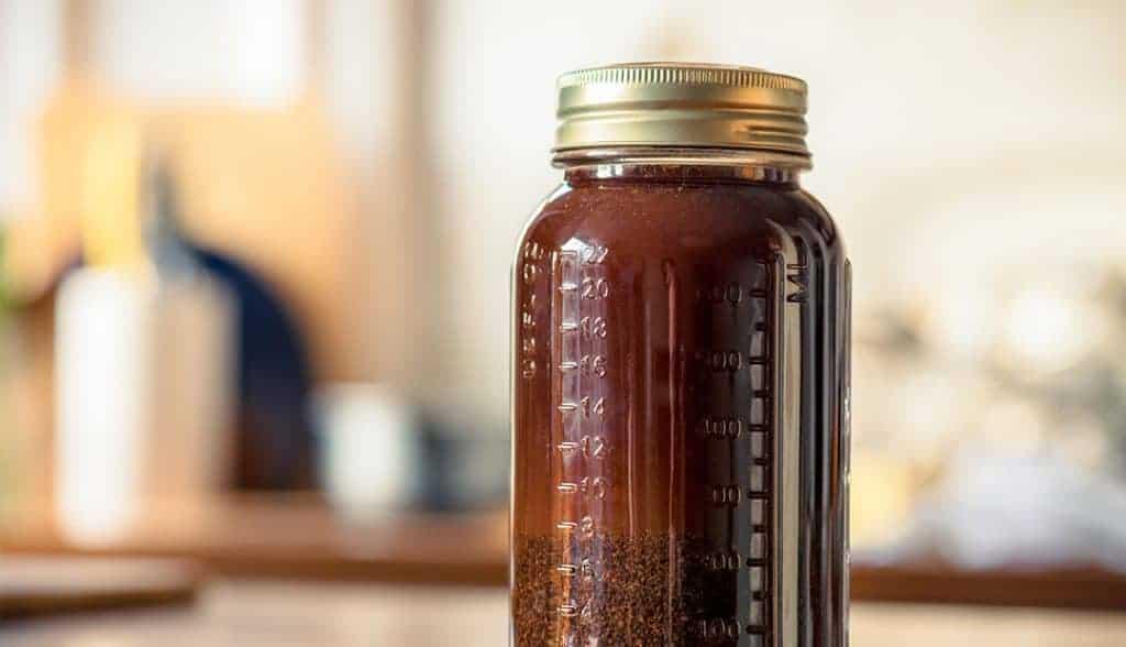 Mason jar of Cold 'Bou cold brew